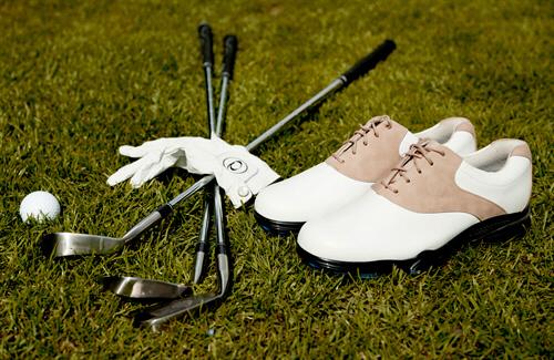 die passende golfausrüstung für anfänger kaufen