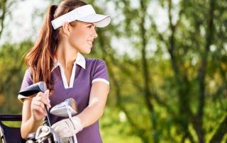 Golferin mit Schläger